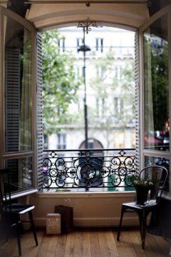 模様替えのアイデアはおしゃれなパリの部屋から・・・☆彡|SUVACO(スバコ)